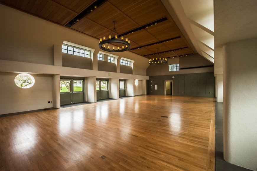 The historic Smith Hall is a bright, open venue featuring high ceilings, wood floors, and natural...