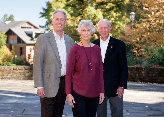 President Wim Wiewel with Susan Bates and Life Trustee John Bates (Nina Johnson)
