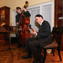 Guitarist Dan Balmer BA '80 and bassist Jonah Svihus BA '18 performed jazz for guests.