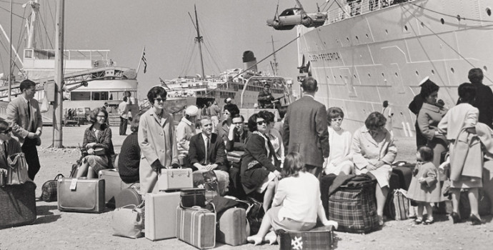 The Japan 1962 groups prepare to depart from San Francisco harbor.