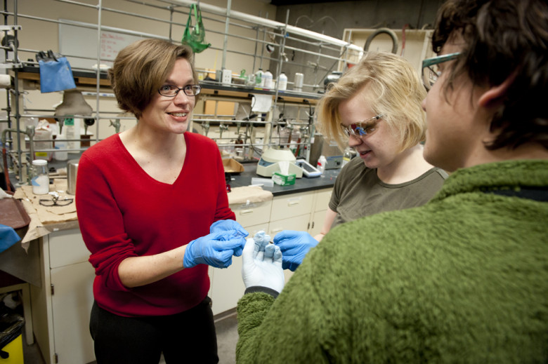 Chemistry Professor Anne Bentley, in the lab with undergrads.